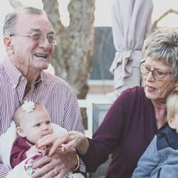 grandparents 1969824 1920